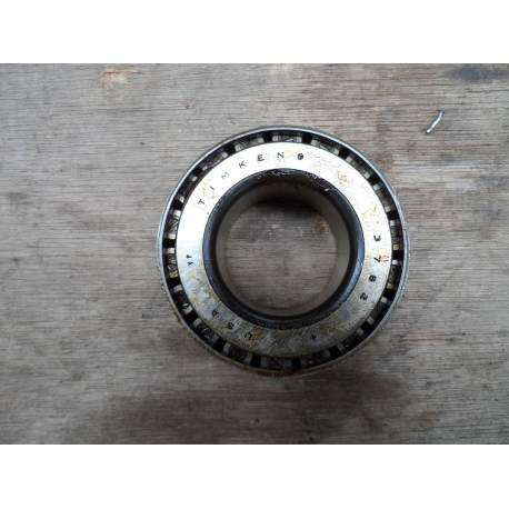bearing front axle