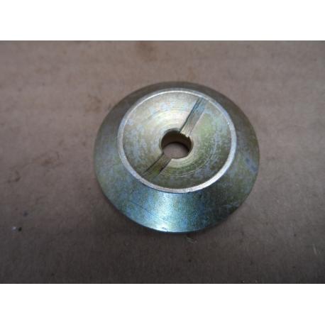 Seat, valve