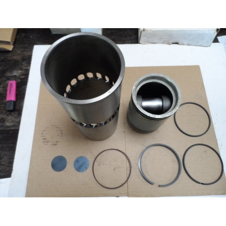 Parts kit, piston assembly, engine