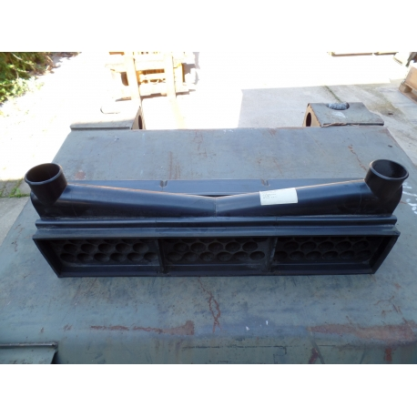 Filter element, intake air cleaner