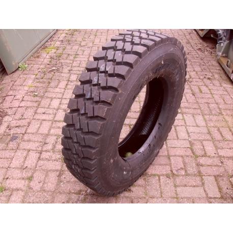 GOODYEAR tire 1100x20