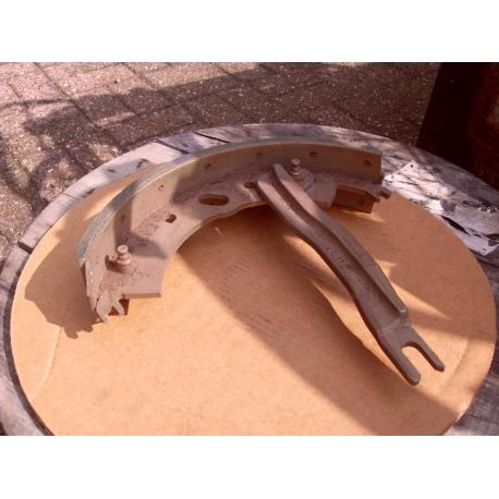brake shoe/w link