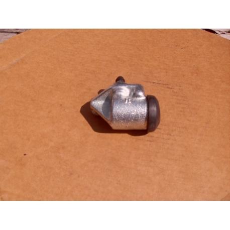 wheel cylinder left